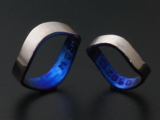 結婚指輪ウェーブリング