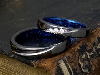 チタン黒い指輪