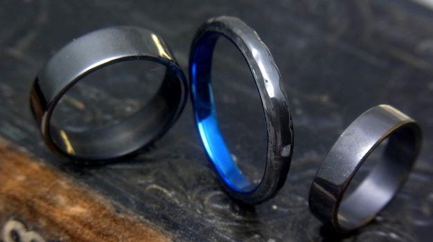 ジルコニウムで出来た指輪