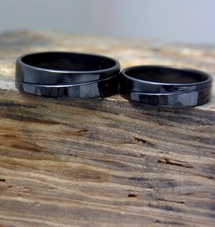 耐金属アレルギーの結婚指輪